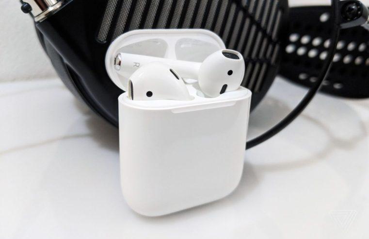 Yeni Apple Airpods; Pro veya 3 İsmiyle Geliyor!